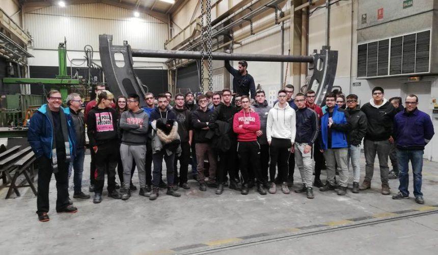 Visita a TIruña  del alumnado de Construcciones Metálicas